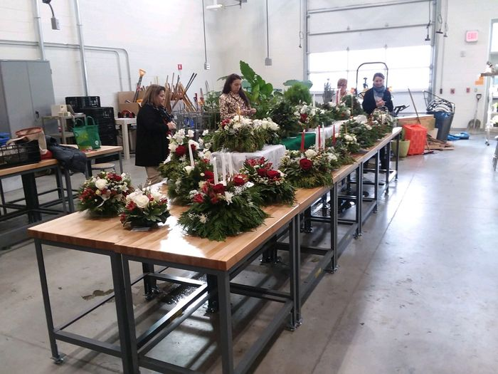 Judging holiday centerpieces
